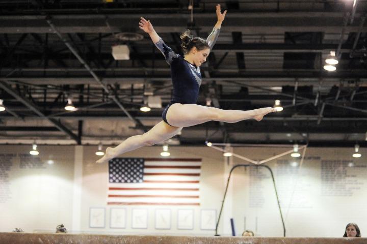 gymnastics-89611_1920